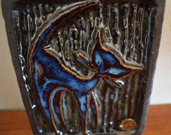 Soholm stentoj, Bornholm, Denmark, blue cat ceramic plaque