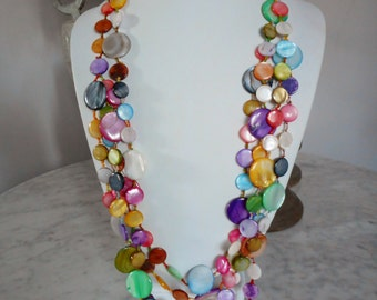 Multi Layered Mother of Pearl Shell Necklace, shell jewelry, beach jewelry, Shell Beaded Necklace, Multi Color Necklace, Summer Jewelry
