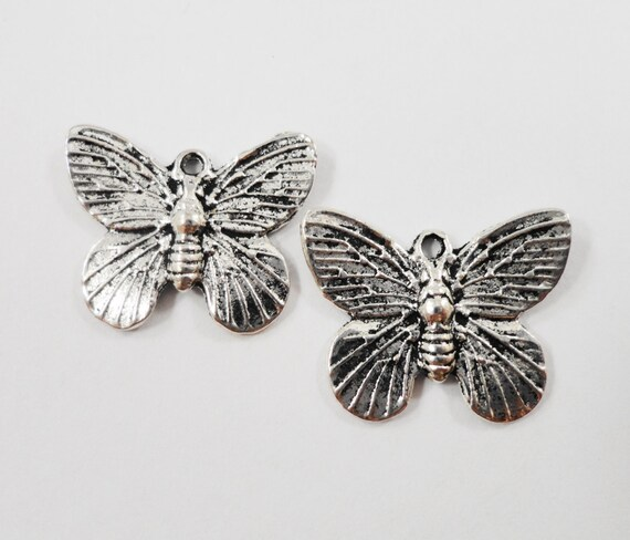 Silver Butterfly Pendants 17x15mm Antique Silver Butterfly Charms, Insect Charms, Nature Charms, Metal Jewelry Charms, Craft Supplies, 10pcs