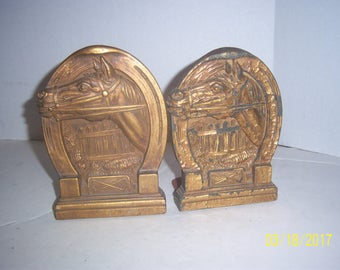 Vintage  Horse Head 4 1/2 Wide by 7 inches Tall Wooden Book ends