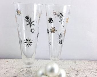 SPOOKY SALE Vintage Black and Gold Snowflake Pilsner/Champagne Glasses