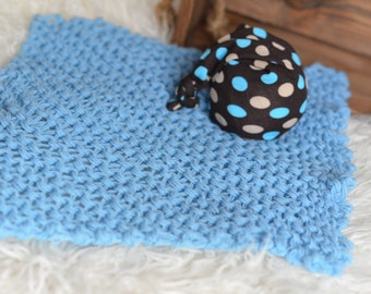 CLEARANCE SALE! Set of Knit chunky blanket in baby blue and spotty sleepy hat Baby boy photography prop Ready to Ship