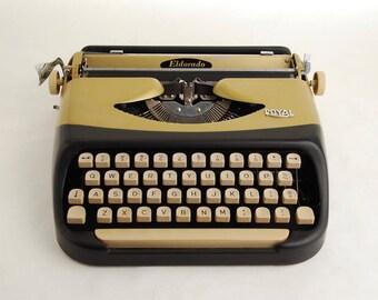 Typewriter, Royal Eldorado, Holland