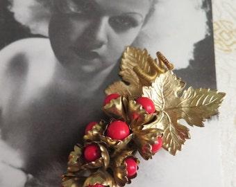 SALE - 25% OFF Vintage Trembler Brooch - Grape Brooch - Czechoslovakian Brooch - Vintage Red Brooch - Red and Gold Brooch - 1930s Art Deco C
