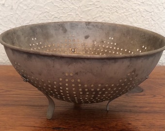 Vintage Kitchen Footed Colander Strainer