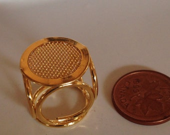 Brass Miniature Dollhouse figurine furniture collectable - Side Table End Table Plant Stand