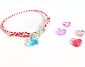 Red white March bracelet with heart charm, friendship bracelet with resin heart charm, Greek folk, martis braclet, glitter boho bracelet