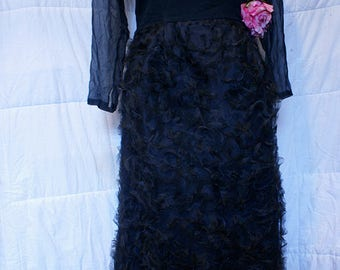 1940's Leshgold Black Lace & Rose Full Length Evening Gown