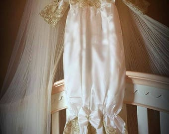 Gold off white slip gowns | Short-sleeved gowns with bowknots | White gown for girls