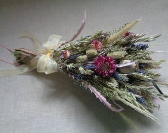 Summer rustic handmade wildflower grassy bridal wedding bouquet with lavender and natural grass wheat dried flower bouquet