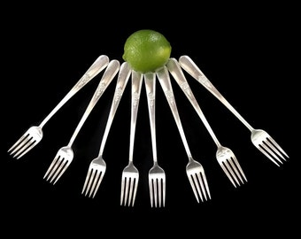 Vintage 1940s Grill Forks Flatware Holmes and Edwards Inlaid Youth Pattern Forks Silverware Set of 8 Silverplate