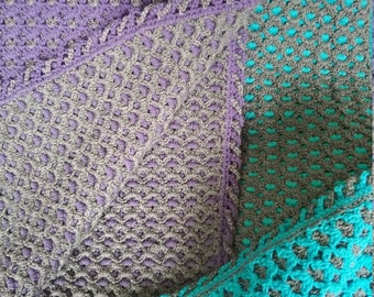 Double-Thick Two-Color Crochet Afghan