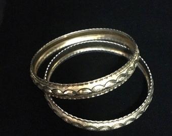 Vintage Pair of Gold Tone Detailed Bracelets (ABX1H)