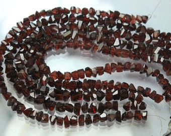8 Inch Strand,Natural Mozambique Garnet Faceted Fancy Nuggets Shape 7-8mm size