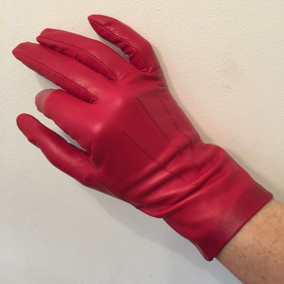 Vintage gloves red leather short gloves size 7 scarlet leather gloves accesory Goodwood winter Dents classic