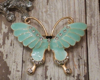 "Beautiful "" Butterfly "" Pin / Brooch with Rhinestones!"