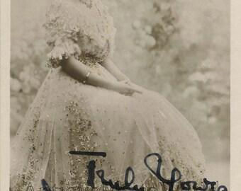English+actress+Marie+Dainton+antique+autographed+hand+signed+photo+postcard