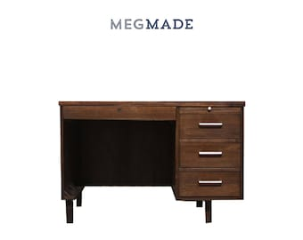 Customizable Mid Century Modern Desk | 1622-02291