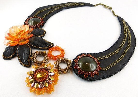 Necklace bead embroidery leather