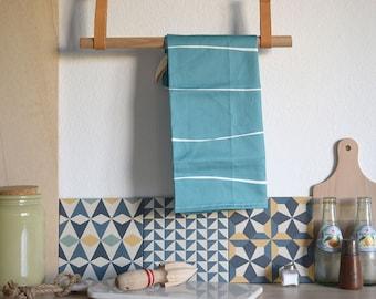 BLUE STRIPES TOWEL. Tea towel. dish towel in blue stripes. Kitchen textiles.