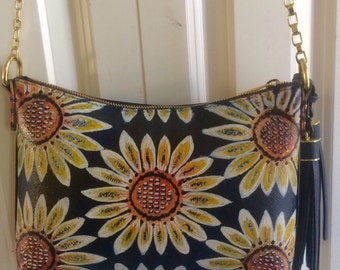 Hand painted purse- Daisy Un-chained