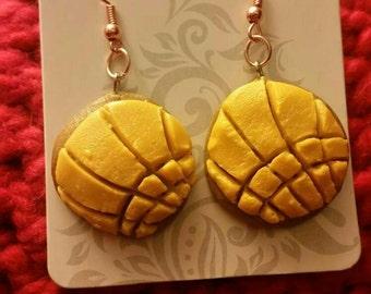 Yellow concha pan dulce earrings