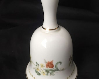 "WEDGWOOD CHINA BELL ""Mirabelle"" pattern Fine Bone China Easter Mother's Day Gift Gs3b-325"