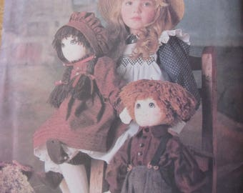 Vogue 9699, 22 Inch Boy and Girl Dolls and Clothing Pattern Uncut