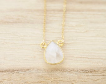 Moonstone teardrop gemstone necklace, gemstone necklace, gold necklace, gold gemstone necklace, gold moonstone necklace, moonstone