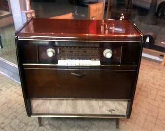 Items Similar To 1969 Magnavox Vintage Record Player