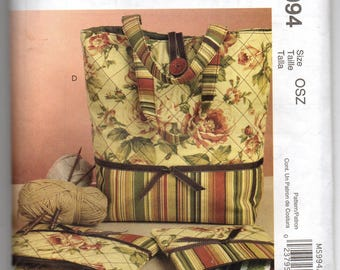 5994 McCalls Pattern Sewing Lined Tote Bag w Inside Pocket & Needle Case Crafts