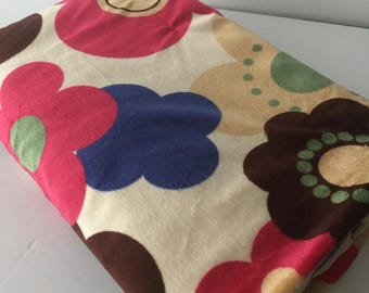 Baby girl blanket, large flowers blanket, baby girl gift, baby shower gift,colorful baby blanket, beige blanket, soft  blanket