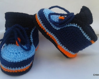 Crochet baby booties,newborn crochet booties,baby slippers, baby shoes, knitted boots,