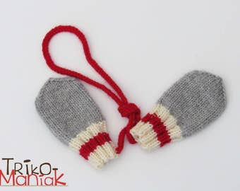 Baby mittens - style Bas de Laine.