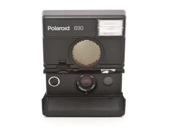 Polaroid 690 instant SLR Camera Refurbished - Tested - Guaranteed Working