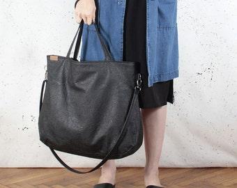 Big Pacco bag black shoulder crossbody tote zipped up pockets oversized city bag everyday handbag vegan faux leather