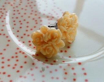 Urban Garden Party AUSTIN Three Roses (Light Peach)
