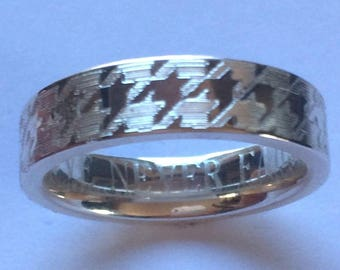 Houndstooth Engraved Wedding Band 7mm Wide Sterling Silver