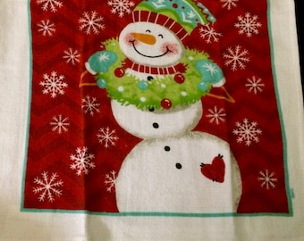 Snowman with Wreath Crocheted Top Towel  (C22)