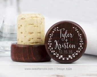 Personalized Wine Stopper - Floral Names - Custom Wine Stopper - Wood Wine Stopper - Wedding Favor Favour - Wedding Gift - 024