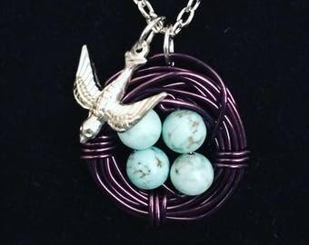 Birds' nest necklace