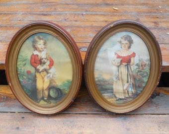 Vintage Oval Frames with Pictures