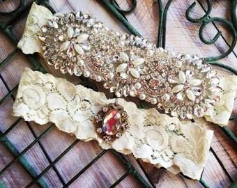 Wedding Garter, Pearl Garter, Pearl Garter Set, Crystal and pearl garter, Lace wedding garter, Ivory garter set, Ivory Garters, Garter Sets