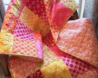 Baby quilt, baby blanket, little girl's quilt, modern quilt, bright quilt, pink quilt, nursery quilt, nursery decor