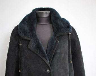 Vintage LAMB FUR coat  , women's winter coat ......(114)