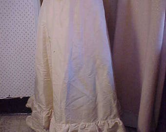 "Antique Victorian Creme Silk Skirt with double ruffle, Extended Waist 32""  #2231"