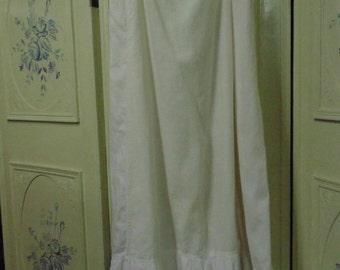 "Vintage 1800's White Petticoat, Waist 24 to 30"""