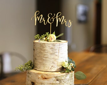 Mr & Mrs Wood Cake Topper - Wedding Cake Topper
