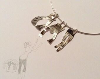 Sterling silver washing line choker pendant