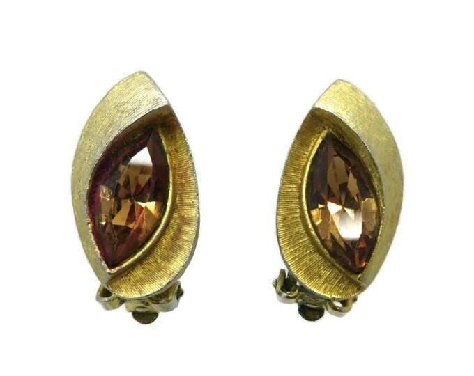 Kramer Amber Rhinestone Earrings Vintage Gold Tone Modernist Clip ons Estate Runway Bridal Jewelry Gift Idea